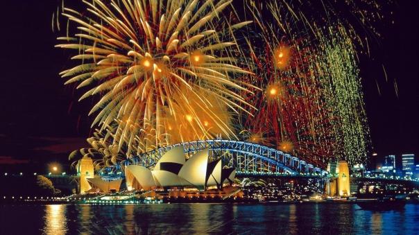 sydney-opera-house-fireworks